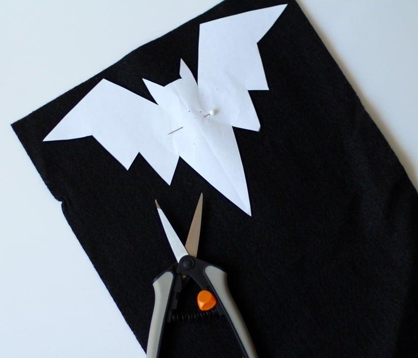 Halloween Craft Tutorial Bat Mobile - Bat Printable On Felt