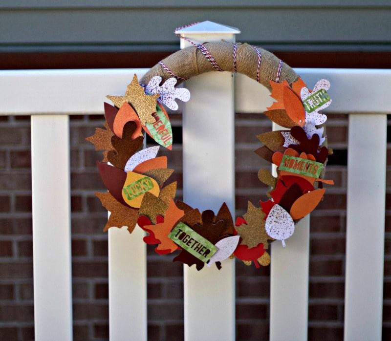 fall-wreath-on-fence