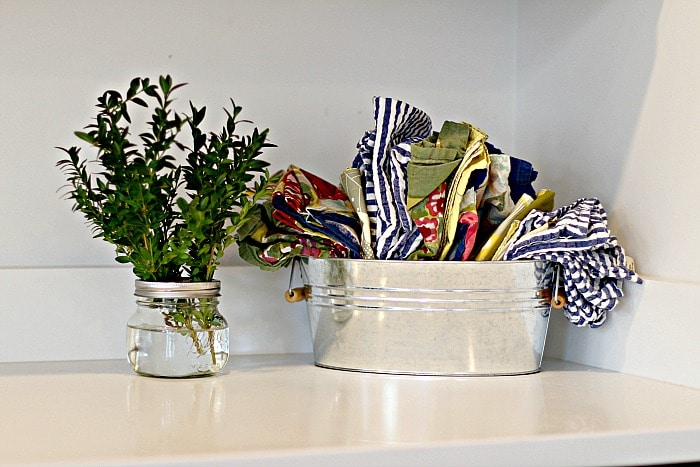 napkins-on-counter