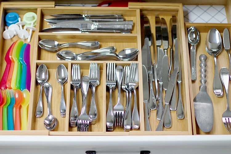 How To Organize Your Entire Home kitchen drawers