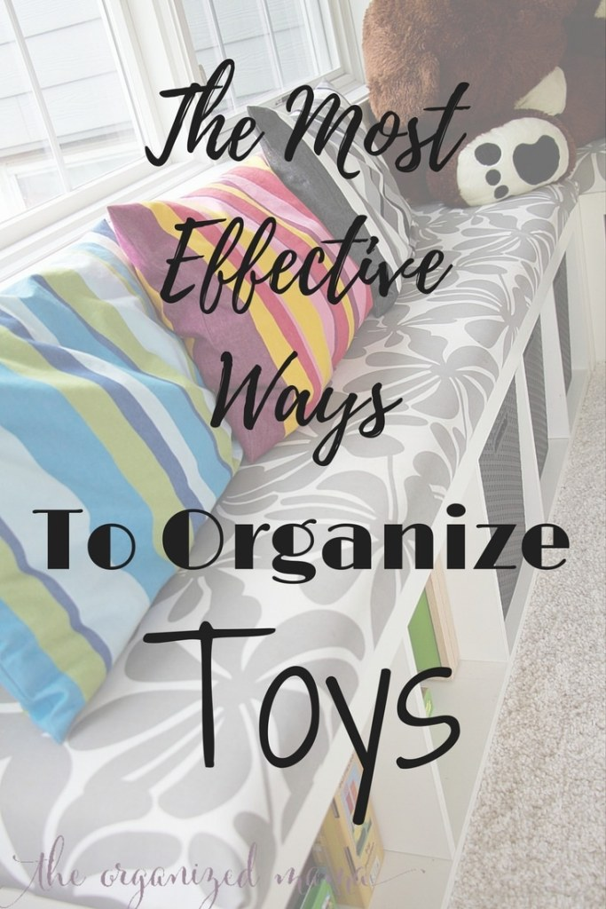 It can be easy to get your kids to clean up after themselves if you know these tricks for ways to effectively organize toys! Created by a former teacher and professional organizer! #kids #organize #cleanup