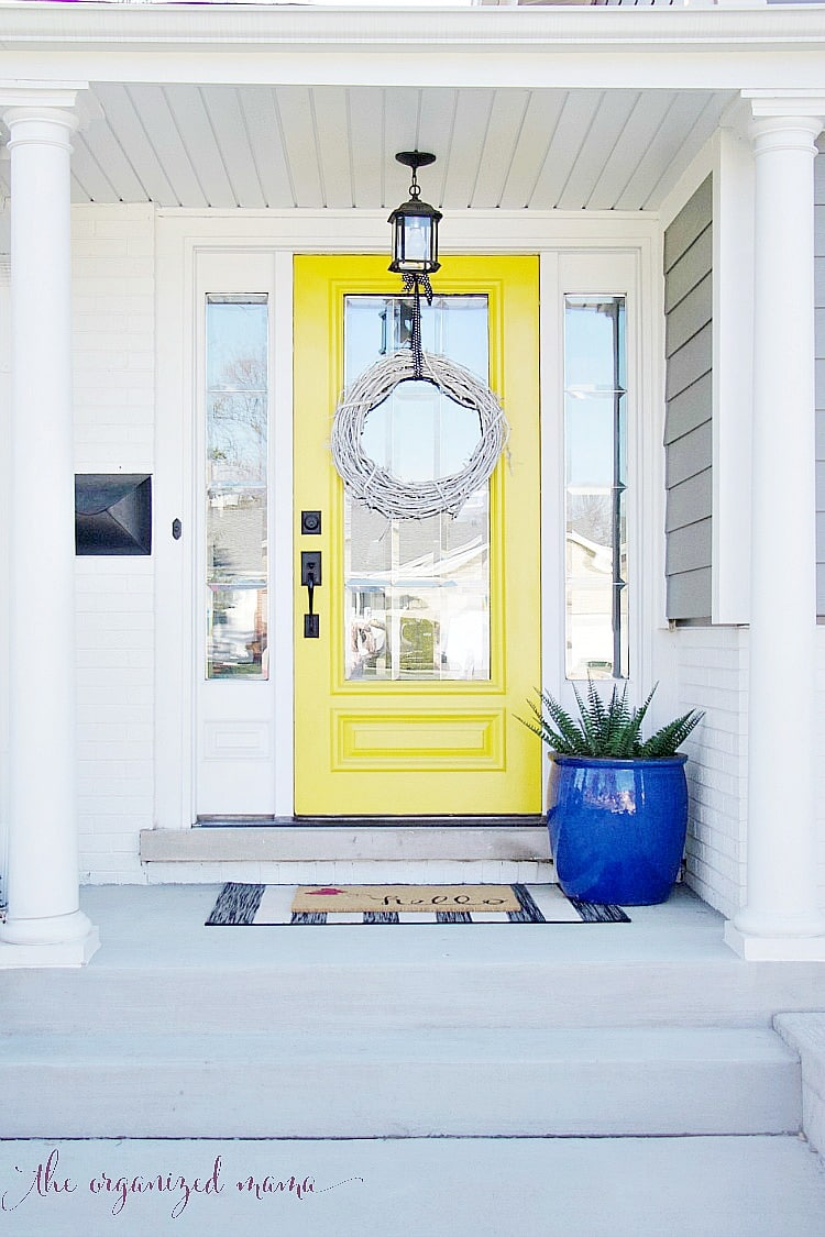 These easy tips will help you add spring to your entryway on a budget. Plus you can easily add these tips to apply to any room in the house to get your home cozy and ready for spring! #spring #entryway #decor