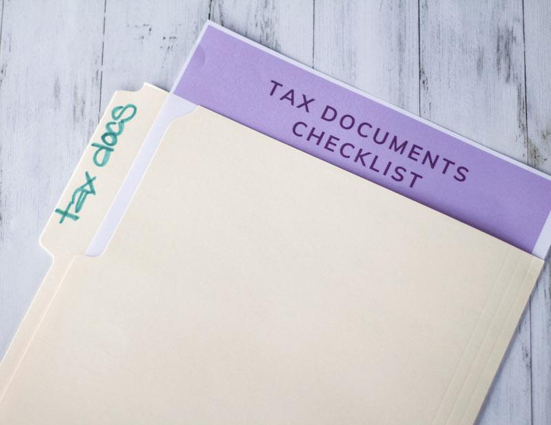 tax documents checklist inside file folder #taxdocuments