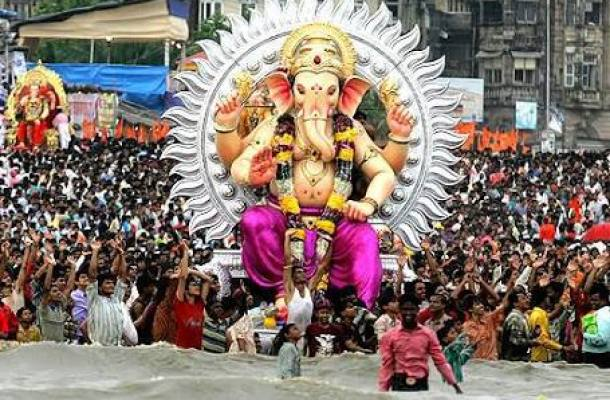 Ganpati Viserjan - 4 Famous Festivals of India