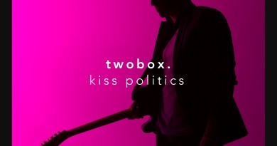 twobox Kiss Politics cover