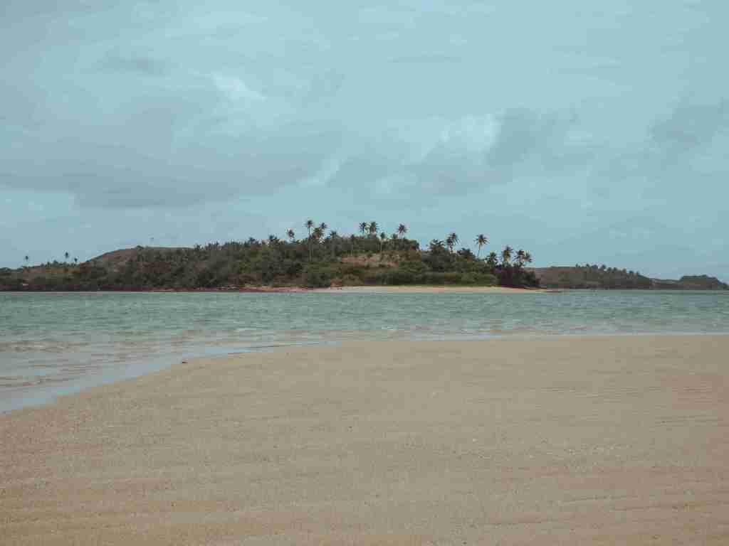 cotivas island white sandbar in caramoan