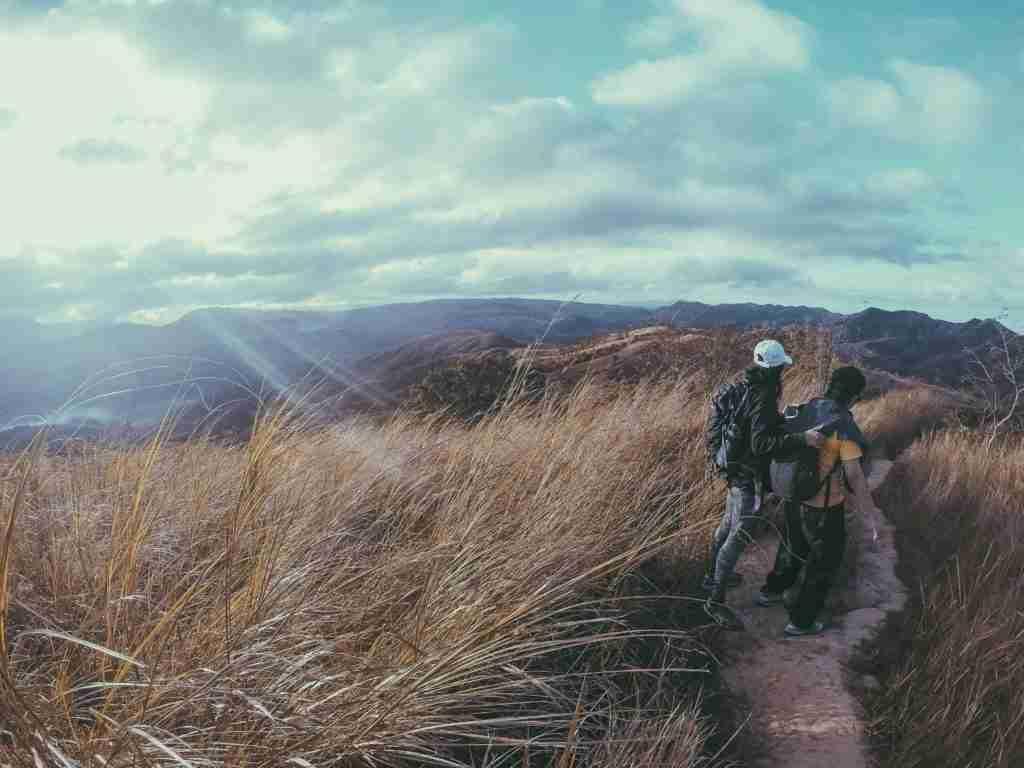 mt. batolusong trail sunrise hike
