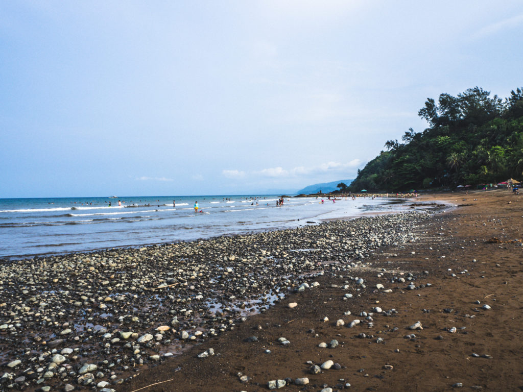magra beach in real quezon