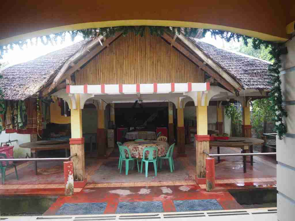 travelers camp dining table with low budget accommodation in caramoan