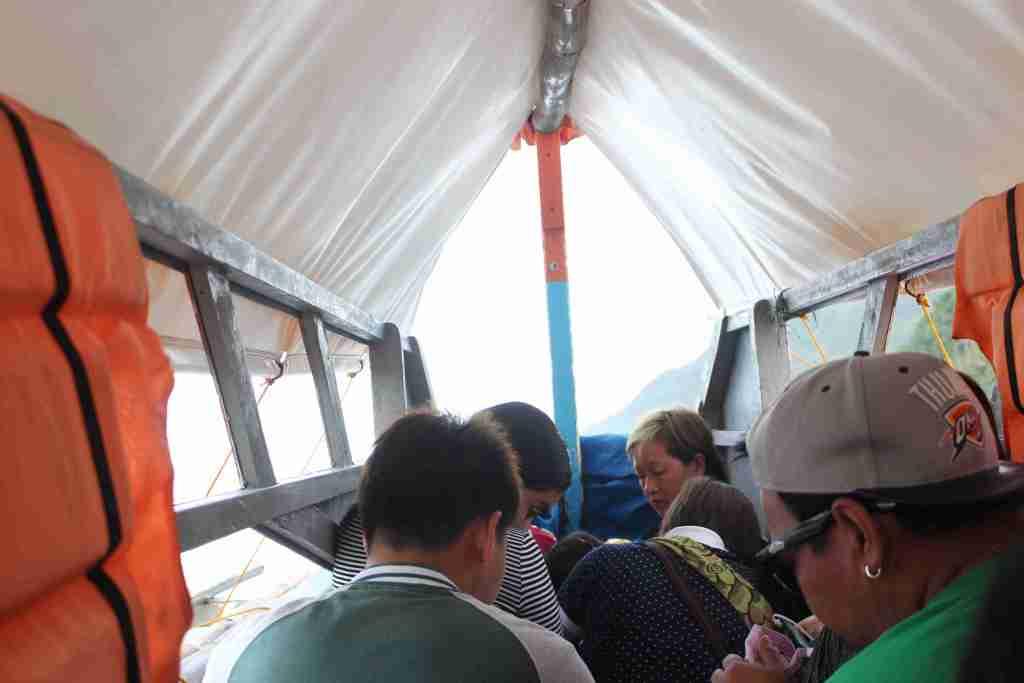 crowded boat in caramoan