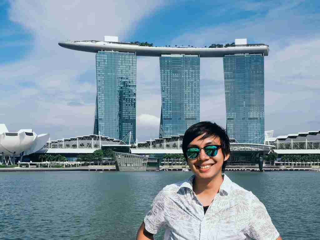 picture with marina bay sands hotel in the background