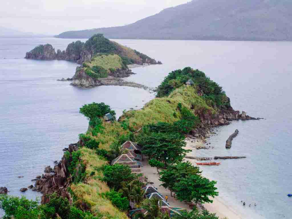 Sambawan Island islets