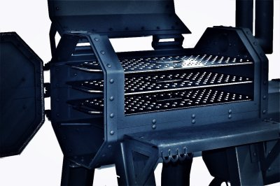 hamrforge beast can hold up to 3 grill grates
