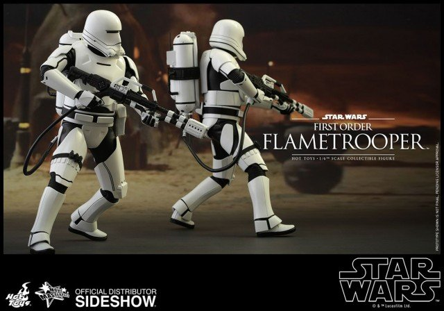 hot-toys-star-wars-the-force-awakens-first-order-flametrooper-sixth-scale-902575-7
