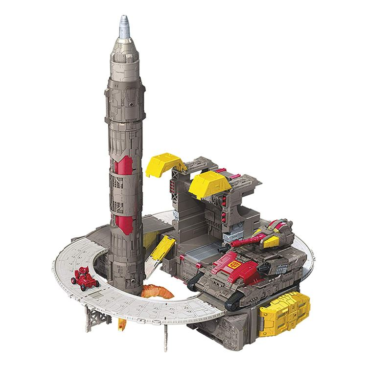 Transformers Titan Class Omega Supreme-02