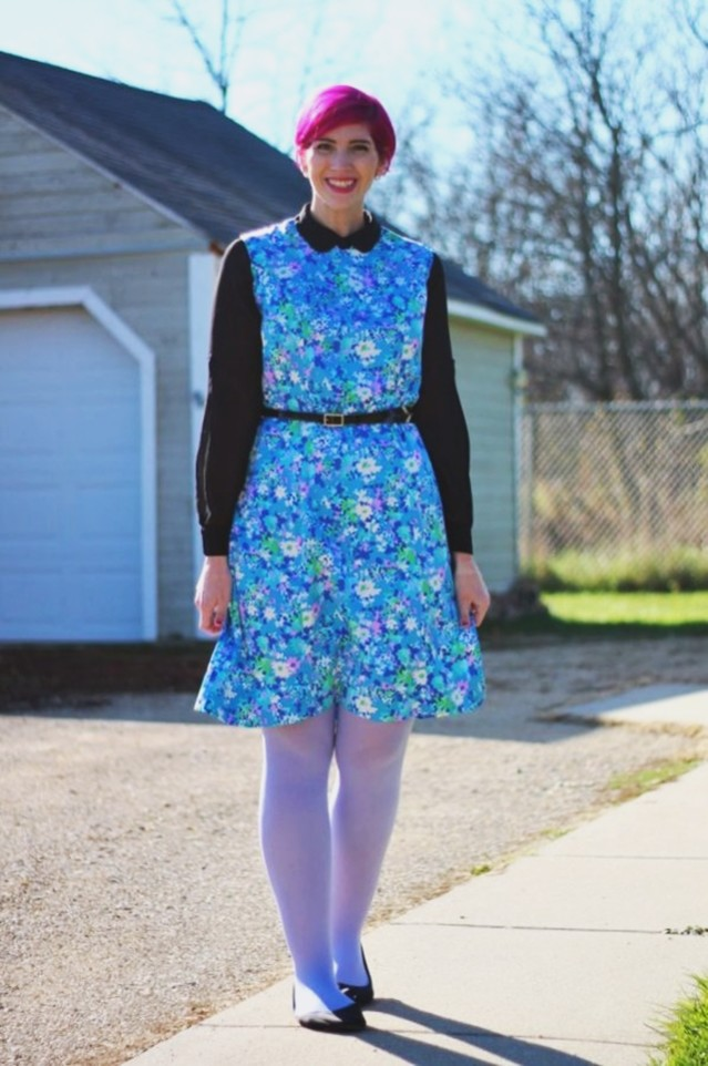 floral-mod-dress-magenta-hair-outfit-11