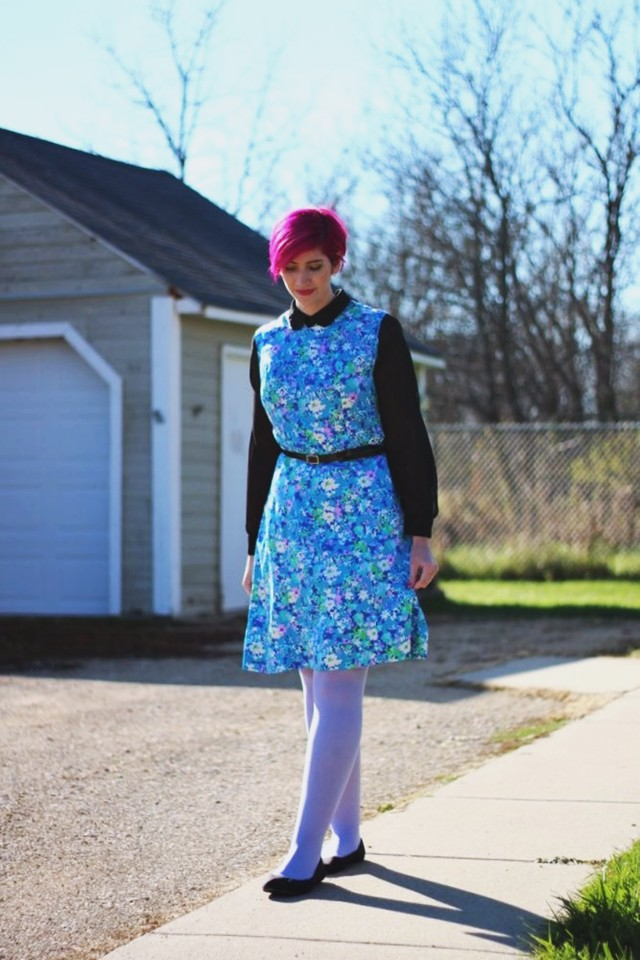 floral-mod-dress-magenta-hair-outfit-12