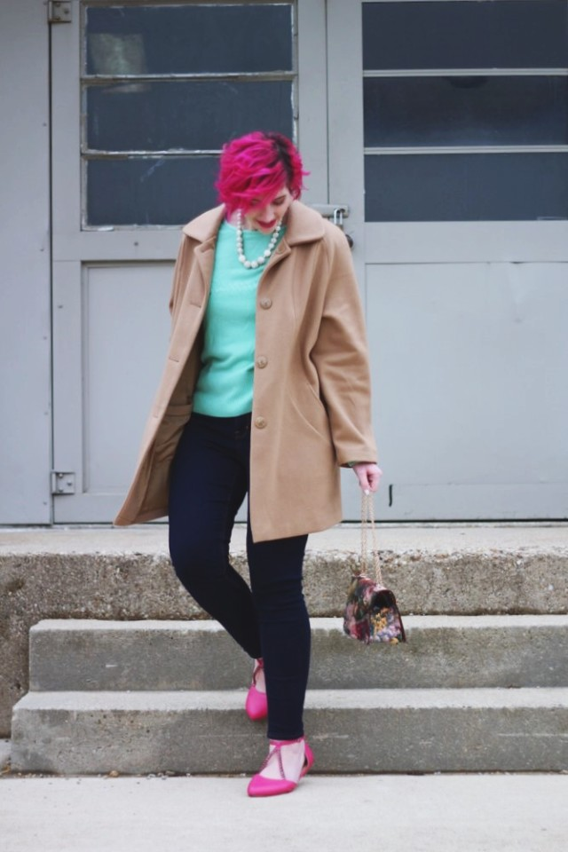 Outfit: Vintage mint sweater from Secret Santa, high waisted dark wash denim jeans, vintage bauble necklace, pink shoes, pink curly hair, pink lipstick