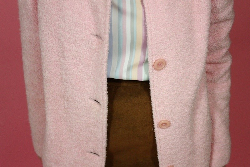 hannah rupp the outfit repeater spring pastel outfit idea ice cream vintage thrifted