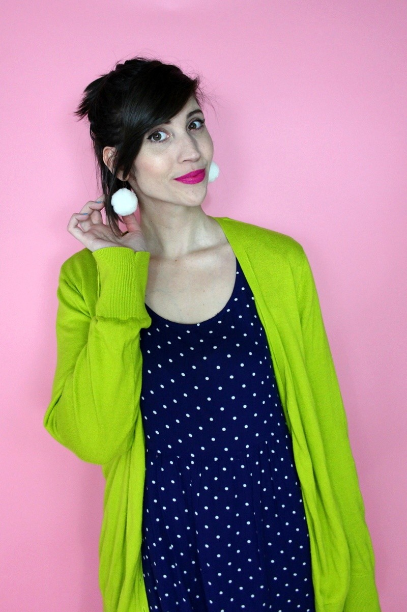 hannah rupp the outfit repeater fashion cute st. patrick's day outfit march 17th thrifted