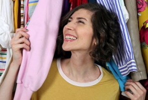 Super Simple Ways To Organize Your Closet (For Free!)