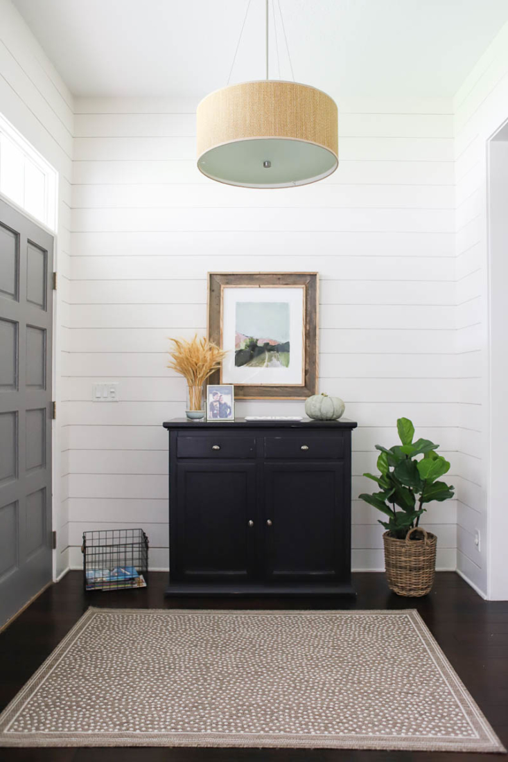 Summer Home Project: Freshening Up Our Entry