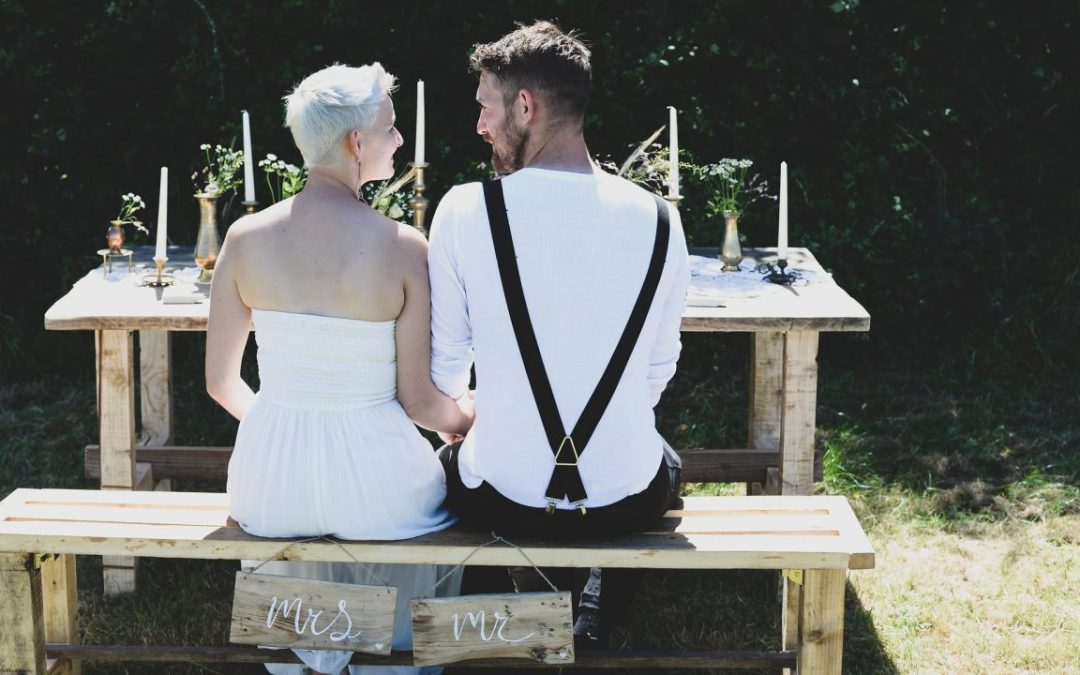 Creating Your Own Picture Perfect Outdoor Wedding Theme By Nikkita