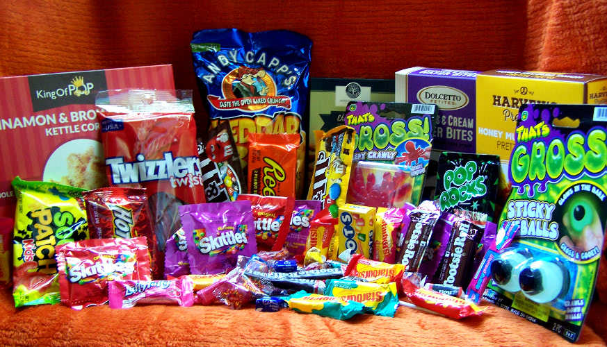 Haunted Halloween Candy Care Package Review & Giveaway!
