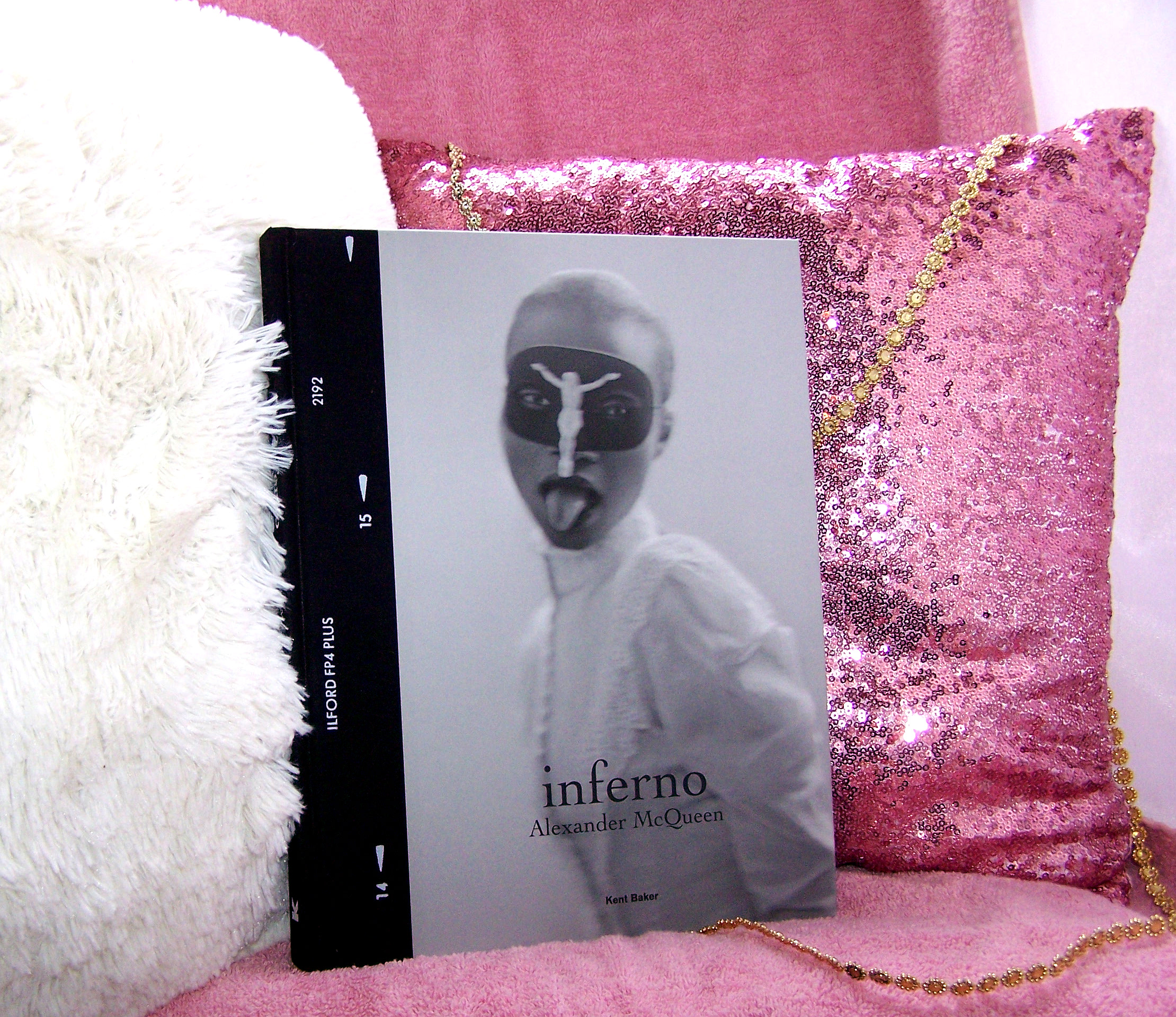 Inferno: Alexander McQueen: Holiday Gift Guide Giveaway! Ends 12/20