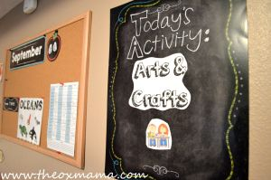 Homeschool Schedule - Arts and Crafts. This weekly tot school schedule will keep you structured and focused on that weeks theme | theoxmama.com