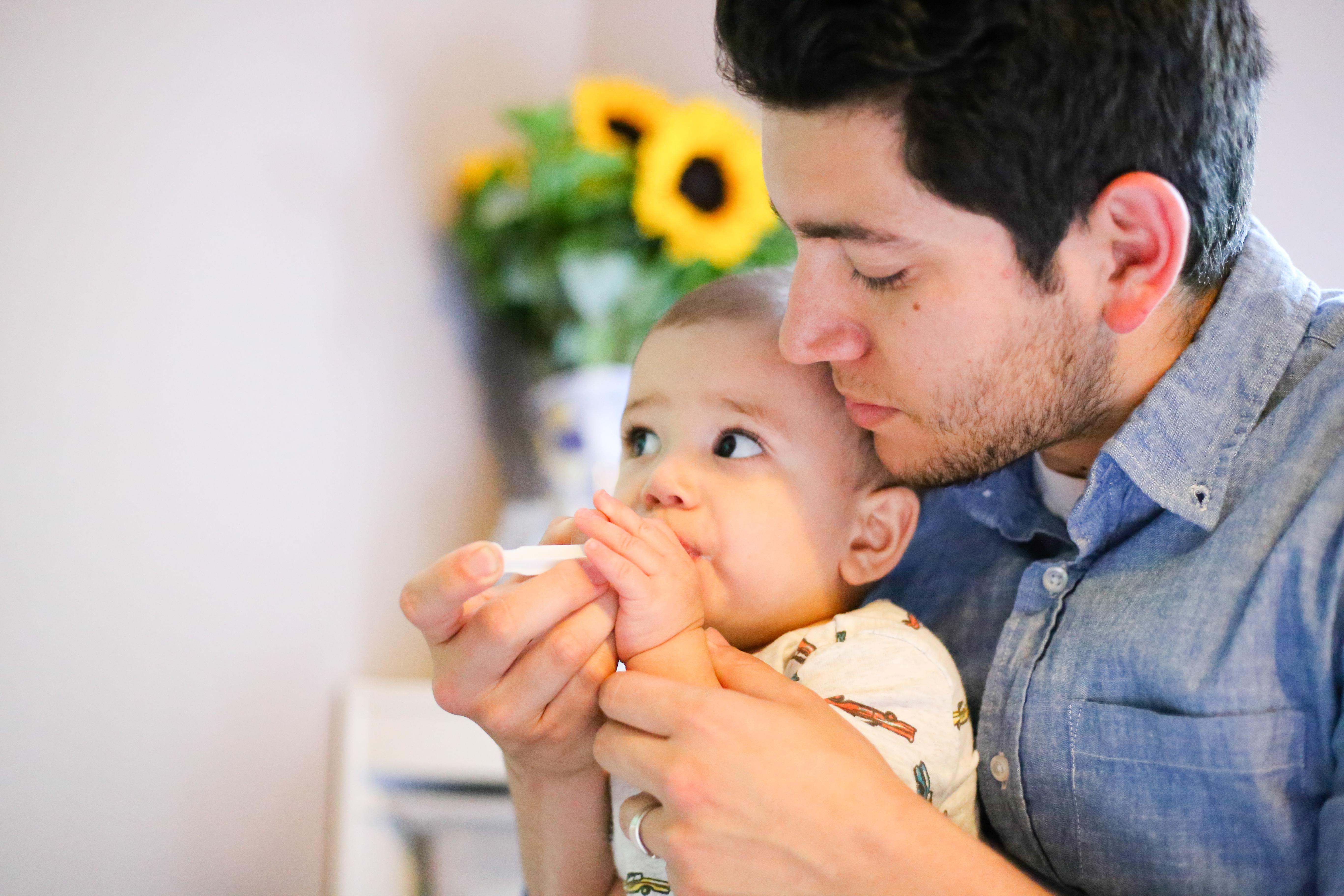 Infant Probiotics | Breastfeeing and Infant Probiotics | Infant Dairy Intolerance | Infant tummy troubles