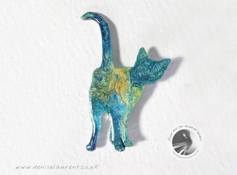 Harry – Standing Cat Brooch