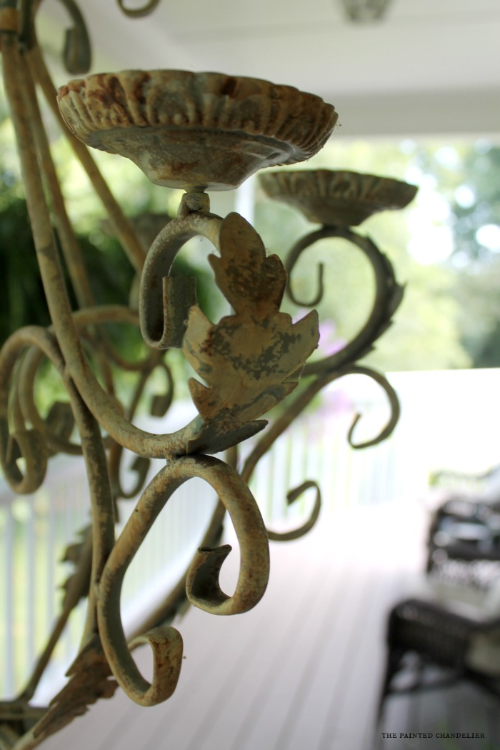 chandelier-closeup-table-setting-the-painted-chandelier