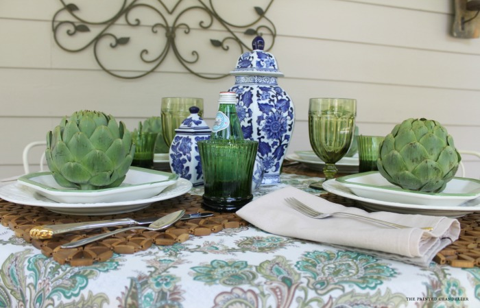close-up-blue-and-white-table-setting-the-painted-chandelier