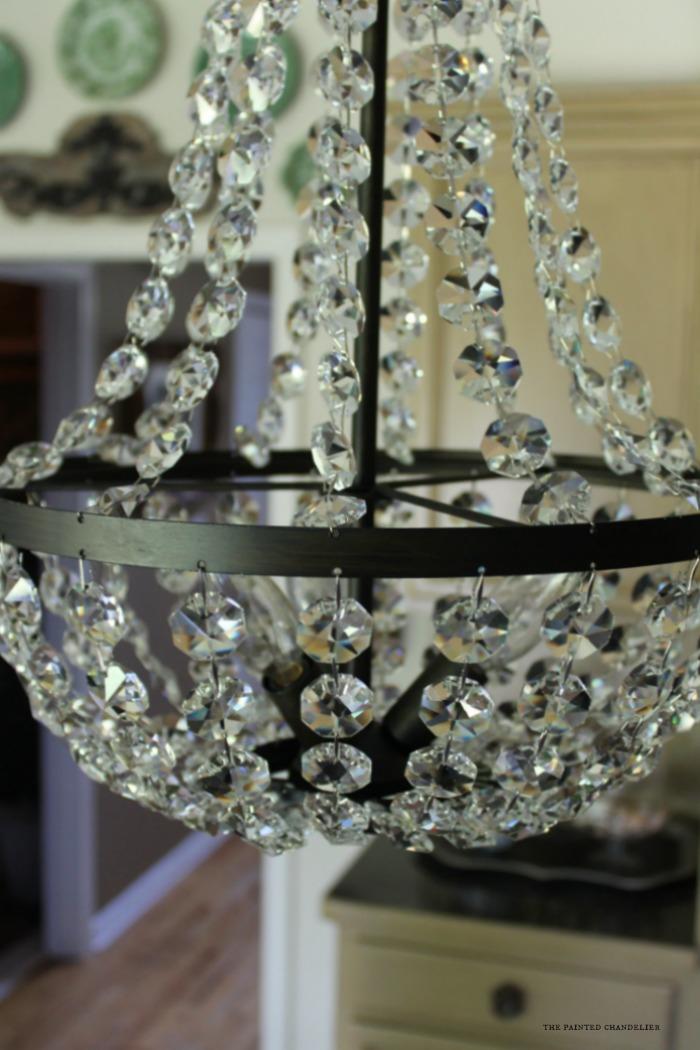 closeup-camille-chandelier-kitchen