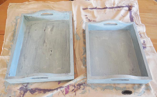 The Chippy Paint Layered Look Using Chalk Paint