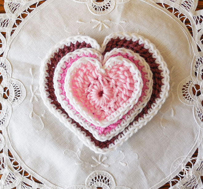 Hearts in 3 sizes free crochet patterns after the popularity of my cute little heart free crochet pattern ive received a lot of requests for the pattern in different sizes dt1010fo