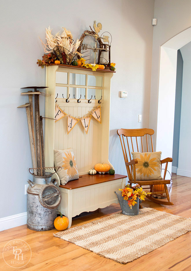 Fall Farmhouse Home Tour Part 1  Entryway
