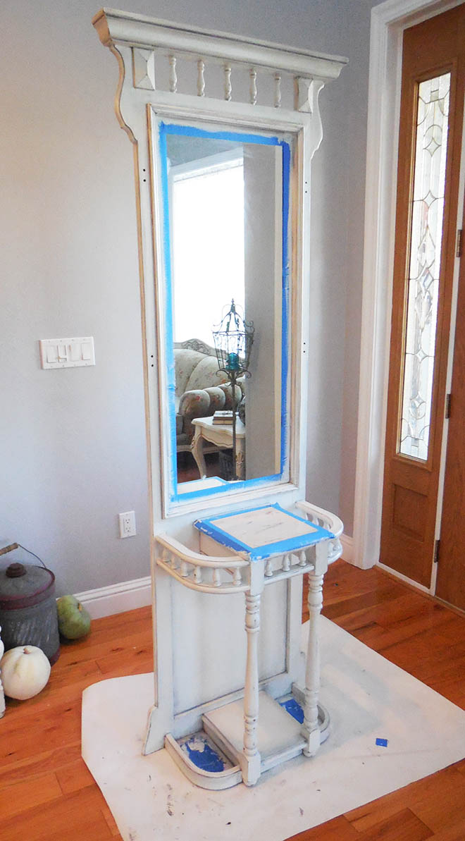 A Hall Tree Makeover Using Chalk Paint