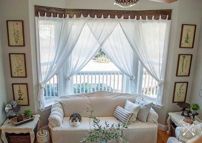 Farmhouse Window Treatments with Reclaimed Wood on Farmhouse Curtain Ideas For Living Room  id=41297