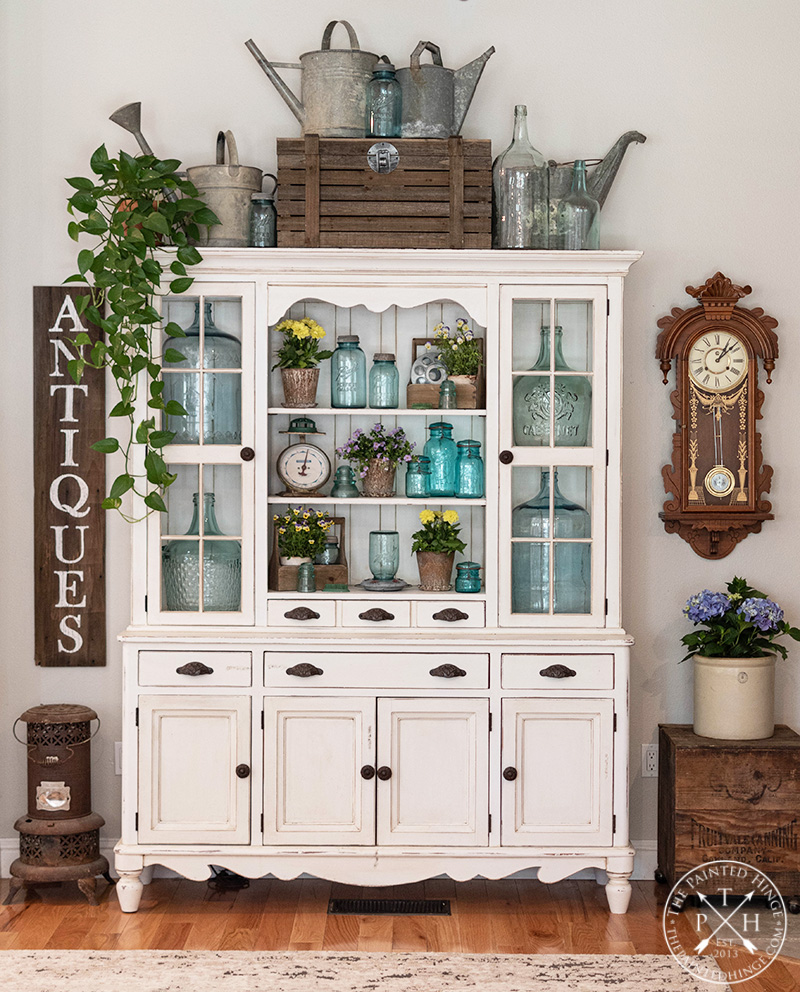 Decorating Your Hutch for Sprummer (That Time Between Spring and Summer)