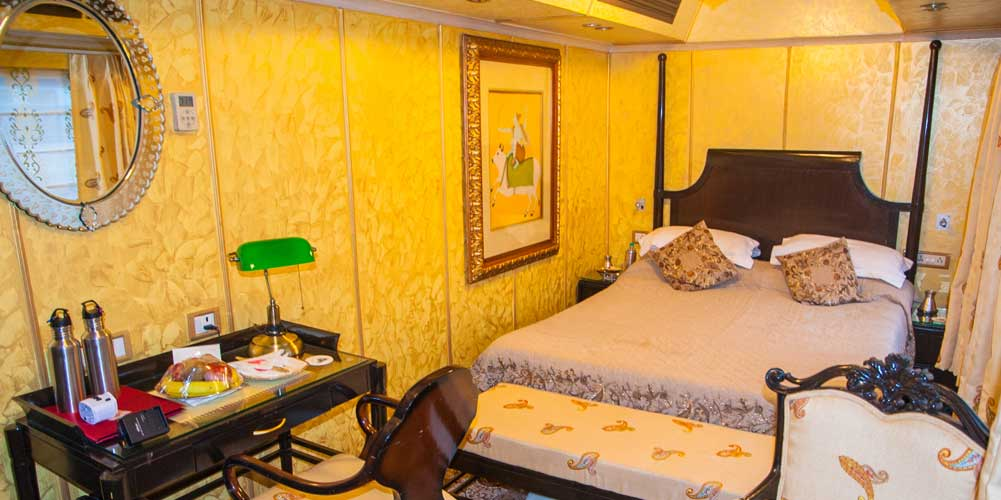 Palace on Wheels Interior Picture Gallery of Luxury Train