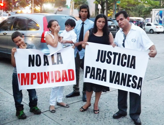 Family of 25-year-old law student Vanesa Rodríguez demand justice for her slaying. Photo by Eric Jackson.
