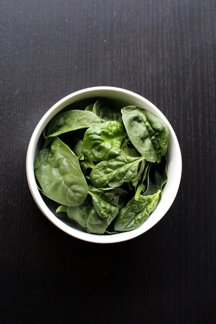 Spinach Frozen Yogurt // The Pancake Princess
