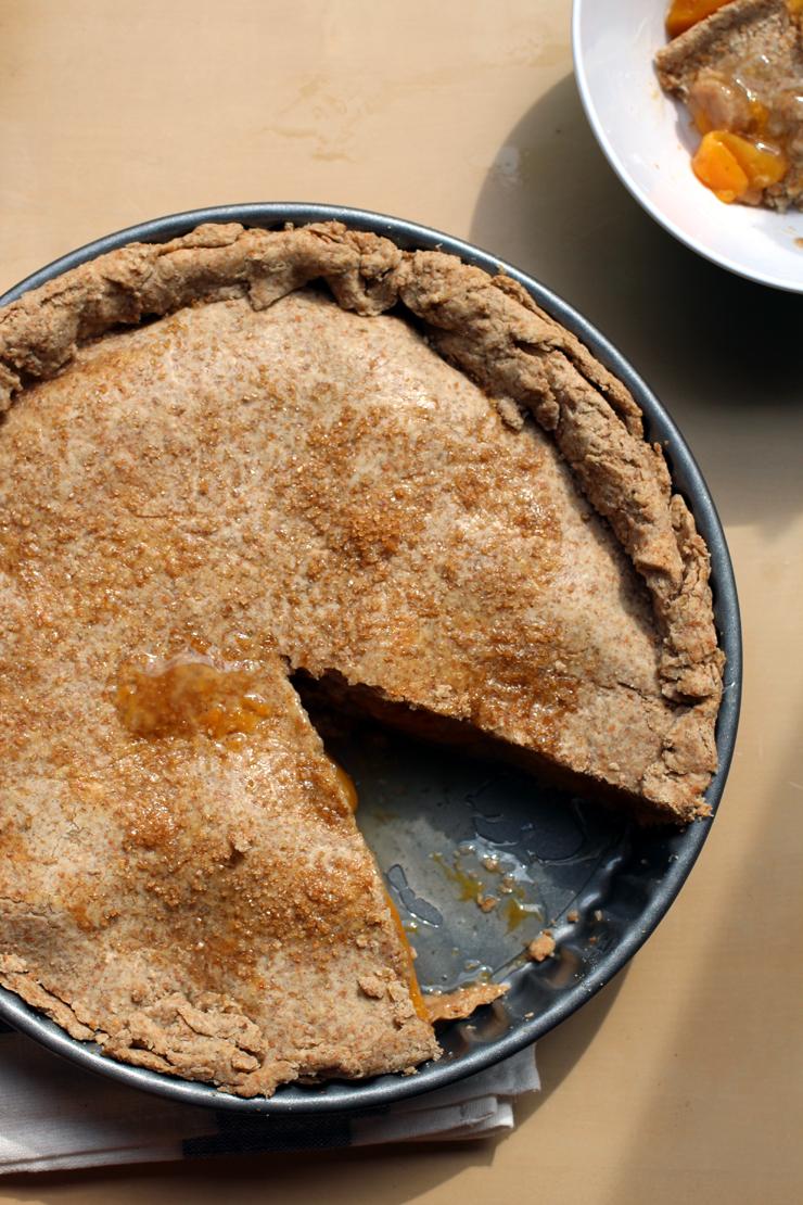 Vegan Peach Pie // The Pancake Princess