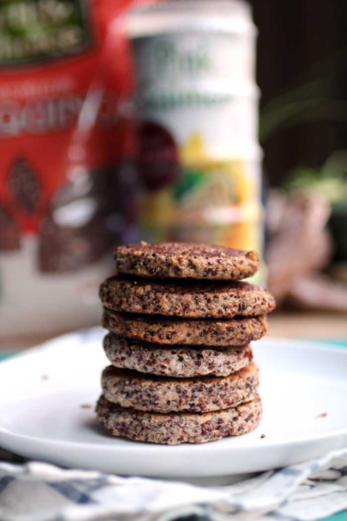 Quinoa Salmon Cakes // The Pancake Princess