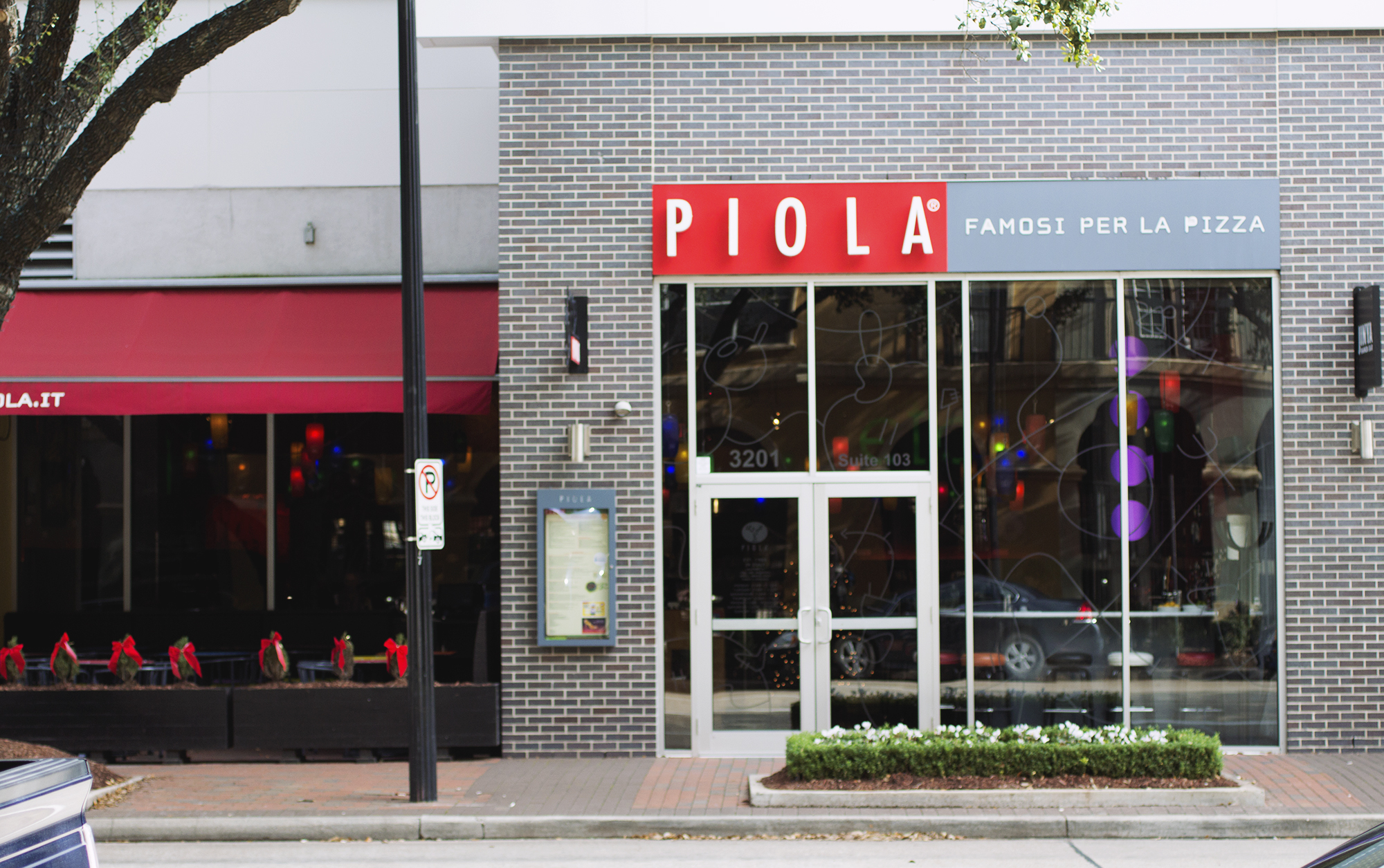 Piola // HTX