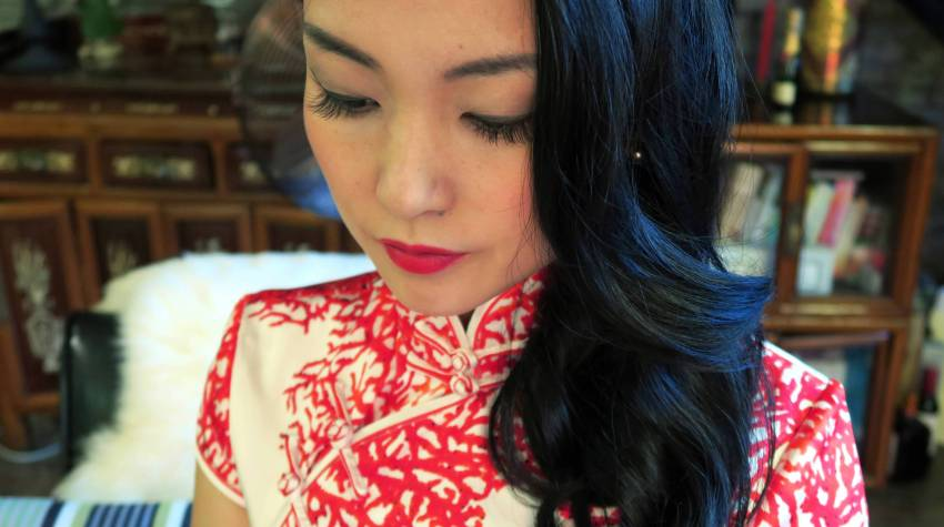 Wearing my red and white modern wedding qipao