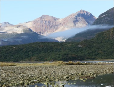 Alaskan Mountains © Dan Thornton