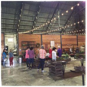 gallery-1450739003-magnolia-market-inside